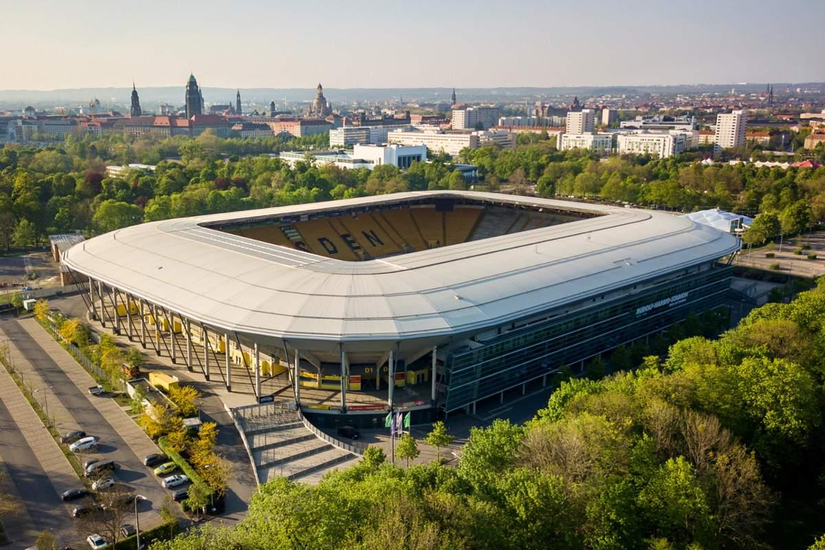 Calcio estero: due positivi nella Dinamo Dresda, ripresa rinviata